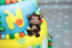 Gumpaste monkey Fondant Cakes, Gum Paste, Monkey, Birthday Cake, Desserts, Food, Tailgate Desserts, Jumpsuit, Deserts