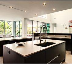 Modern kitchen / cocina minimalista