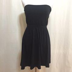 "H&M Knit Tube Dress H&M black tube dress. Knit Tshirt material. GUC. Sz S. Empire waist, built in shelf bra. Very stretchy. Bust: 16""; Waist: 13""; Length from top: 26"". H&M Dresses Strapless"