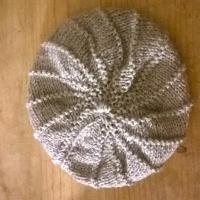 Knitting : Charlotte's hat