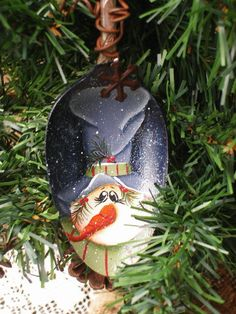 Snowman Hand Painted Vintage Large Silver by PaintingByEileen Spoon Ornaments, Hand Painted Ornaments, Homemade Ornaments, Christmas Items, Christmas Snowman, Christmas Ornaments, Christmas Specials, Holiday Crafts, Fun Crafts