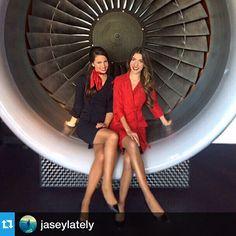 Delta Stewardesses #Repost @jaseylately. ・・・ ✈️ Fly Delta Jets #flightattendants #crewfie #atlantabased