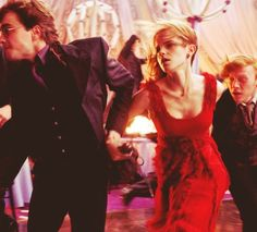 Escaping the dementors at the wedding in Deathly Hallows Part 1