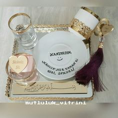 Wedding Tutorial and Ideas Wedding Beauty, Dream Wedding, Jli Kurdi, Graduation Open Houses, Marriage Gifts, Diy Wedding Decorations, Diy And Crafts, Christmas Cards, Bride