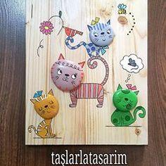 #kedi #cat #hayvansever# #taşboyama #taş #stonepainting #rockpainting #uygunfiyat #hediyelik #artgallery #artwork #workshop #gift #sanat #tasarim #dizayn #creative #evaksesuarı #instaart #instagood #like4like #doğal #pano