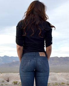 Women's Slim Athletic Fit. Jeans for women who squat. More room in the glutes and quads!