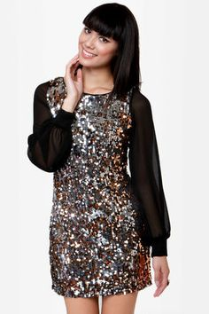 #lulusholiday  Super chic and festive dress from lulus.com. I love this!