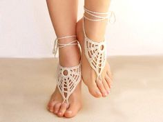 barefoot sandals... i don't know when I would ever wear these, but I kind of want to make up a reason to!!