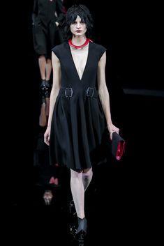 Emporio Armani Fall 2015 Ready-to-Wear Fashion Show