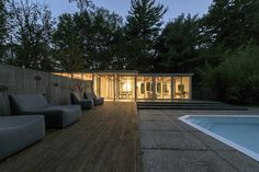 hammer architects renovate mid-century modern pool pavilion