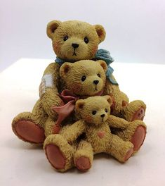 Cherished Teddies resin figurine. Designed by Priscilla Hillman in 1991 and produced by Enesco. Available at https://bluebirchtreasures.etsy.com