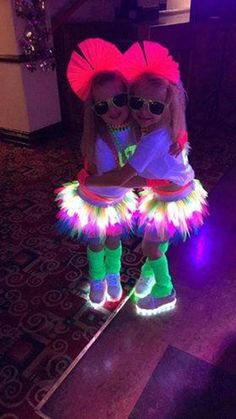 Tutu Factory Girls Light Up Tutus Neon Tutu with white LED image 8 Glow Party Outfit, Neon Party Outfits, Rave Outfits, Party Dresses, Jojo Siwa Birthday, Baby Girl Birthday, 10 Birthday, Neon Tutu, Skate Party