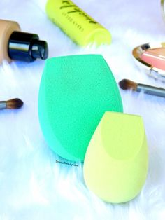 I have become obsessed with these ECO Tools Makeup Sponges, I have a full review on my blog (link above)... Are they a dupe for the beauty blender