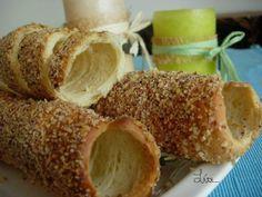 Kürtős Kolacs (cozonac secuesc) - imagine 1 mare Cheese Danish, Caramel Apples, Scones, Cooking Recipes, Bagels, Breads, Desserts, Food, Recipes