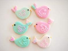 This adorable cookie collection is beautifully decorated with a signature glaze icing. It has a soft bite which blends wonderfully with the
