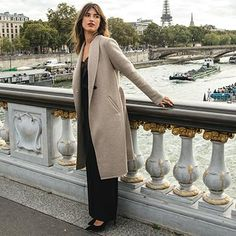 www.ellos.se page jeanne-damas-iconic-essentials coat?intcmp=1738_camp_IconicEssentials_coat_cta