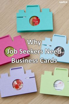 Why Job Seekers Need Business Cards