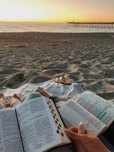 Christian Couples, Christian Girls, Christian Life, Christian Friends, Jesus Loves, Bibel Journal, Jesus Is Life, Christian Relationships, Godly Relationship