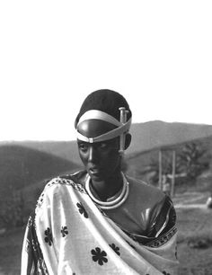 Africa | Last queen of Rwanda, Rosalie Gicanda, married King Mutara Rudahigwa (Mutara II) in 1942. Mutara was a Tutsi tribesman | Photographer and date of this photo unknown.