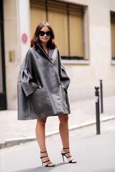 (via Street Style Aesthetic – Wayne Tippetts » Blog Archive » Paris – Mirosava Duma)
