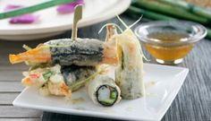Rollitos de alga nori con verduras en tempura