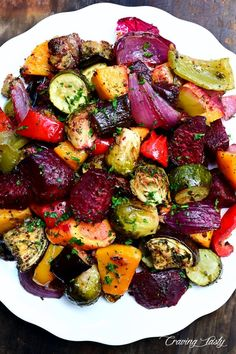 Scrumptious Roasted Vegetables - this is the best recipe for oven roasted vegetables ever! Simple to make and every vegetable is cooked to perfection. Scrumptious Roasted Vegetables - this is the best recipe for oven roasted vegeta. Roasted Vegetable Recipes, Veggie Recipes, Vegetarian Recipes, Cooking Recipes, Healthy Recipes, Roast Vegetable Salad, Oven Roasted Vegetables, Roasted Mediterranean Vegetables, Vegetable Bake