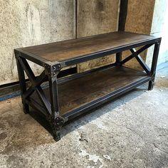 Schreibtisch industrial  Schreibtisch, Esstisch, Industrial Old Wood | Industrial, Woods ...