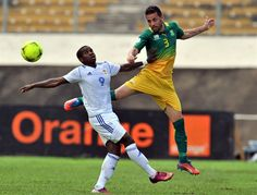 Bafana Bafana vs CAR | Ricardo Nunes and Central African Republic's defender Franklin Anzite. | Photo: AFP PHOTO/ISSOUF SANOGO/Gallo Images / Sport24