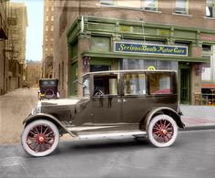 Shorpy Historic Picture Archive: Scripps-Booth (Colorized) 1921 high-resolution photo