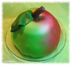Vanilja-omenapiirakka pellille | Reseptit | Kinuskikissa