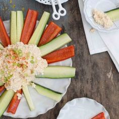 Körözött Hungarian cottage cheese dip - a savory way to enjoy cottage cheese: a healthy snack full of protein! Cottage Cheese Dips, Hungarian Recipes, Hungarian Food, Appetizer Recipes, Appetizers, Healthy Snacks, Healthy Recipes, Cheese Spread, Soul Food