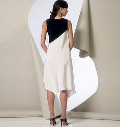 V9107, Misses' Tunic, Dress and Pants