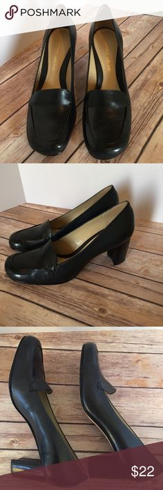 d7dfe63ef Shop Women s ANTONIO MELANI Black size N Heels at a discounted price at  Poshmark. The size is 7 Narrow.
