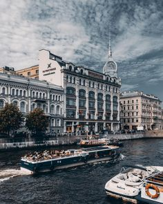 Saint-Petersburg, Russia. Photo by Andrey MikhailovSaint-Petersburg, Russia. Photo by Andrey Mikhailov