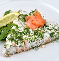 No Cook Salmon Cake - Easy Appetizers Fish Recipes, Seafood Recipes, Appetizer Recipes, Snack Recipes, Appetizers, Cooking Recipes, Healthy Recipes, Cooking Ribs, Snacks