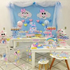 Chuva de Amor!!!!! Linda!!!!!☁️☔️#decoracaoinfantil #decoracaochuvadeamor #festalinda#festainfantil #festachuvadeamor# Birthday Candy, Girl Birthday, Birthday Parties, Elephant Baby Shower Cake, Baby Shower Cakes, Showers Of Blessing, Baby Deco, Baby Olivia, Baby Shawer