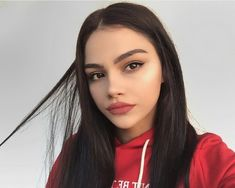 """Find and save images from the """"kardelenxhy"""" collection by Zeynep Nur (zeynepgn) on We Heart It, your everyday app to get lost in what you love. Pure Beauty, Beauty Skin, Beauty Makeup, Hair Beauty, Cute Makeup, Makeup Looks, Fake Tumblr, Tmblr Girl, Preety Girls"""