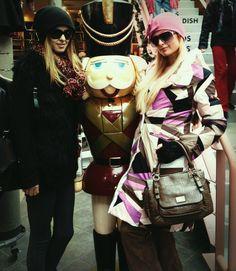 The Hiltons Sister always rock! @ParisHilton @NickyHilton