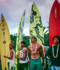 Gary 'Kong' Elkerton (AUS), Buzzy Kerbox (HAW) and Laird Hamilton (HAW) at the opening ceremony of the Quiksilver Eddie Aikau Big Wave Inv. Surfing Images, Surfing Pictures, Surfboard Shapes, Surfboard Art, Motocross Racer, Hawaii, Waimea Bay, Surfer Boys, Vintage Surf