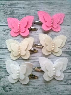 in feltro e pannolenci, White Butterfly Hair clips for girls Butterfly felt hairWhite Butterfly Hair Clips For Men by FeltHairBoutique Plus Previous Post Next PostEasy diy felt crafts felt crafts patterns and felt crafts michaels pics 32042032 feltcr Felt Crafts Patterns, Felt Crafts Diy, Felt Diy, Cloth Flowers, Felt Flowers, Fabric Flowers, Diy Flowers, Crochet Flowers, Butterfly Felt