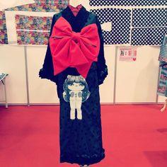 """""""【着物】 わたしが思いつく精一杯の斬新。 レディガガにプレゼントした着物。 喜んで着てくれているらしい。うれしいな。  #kimono #キモノ #着物 #きもの #yumi_kimono #yamamotoyumi #やまもとゆみ #kawaii"""""""