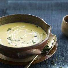 Découvrez la recette Soupe d'endives sur cuisineactuelle.fr.