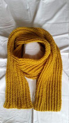 selbstgestrickter Schal von StrickshopKreationen auf Etsy Shops, Etsy, Fashion, Yellow Scarves, Scarf Knit, Pattern, Nice Asses, Tents, Moda