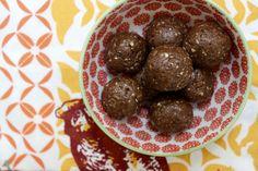 Chocolate Peanut Butter Protein Bites - No Bake!