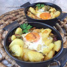 Huevos con patatas al horno - Divina Cocina
