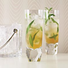 Food & Wine magazine ‏@foodandwine  Mar 13 10 herbaceous cocktails to kick start spring: http://fandw.me/1pCd67O