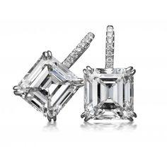 Asscher-cut earrings in platinum