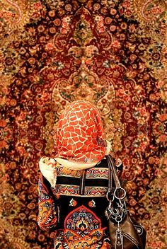 Best Carpet For Boat Runners Key: 1489475433 Iranian Women, Iranian Art, Persian Carpet, Persian Rug, Iran Travel, Ancient Persia, Islamic Patterns, Persian Culture, Patterned Carpet