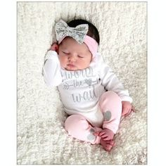 Newborn HOSPITAL Outfit newborn girl coming home outfit baby | Etsy So Cute Baby, Baby Kind, Cute Babies, Newborn Hospital Outfits, Newborn Girl Outfits, Baby Girl Newborn, Baby Outfits, Newborn Clothing, Baby Baby