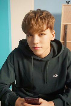My oppa vernon Woozi, Wonwoo, Jeonghan, Seungkwan, Vernon Seventeen, Seventeen Debut, Seventeen The8, Seventeen Memes, Hip Hop